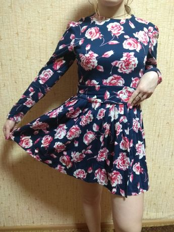 Платье +подюпник. Очень классное!
