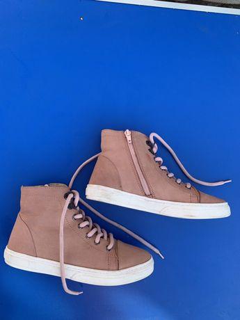 Демисезонные ботинки для девочки, разм 36