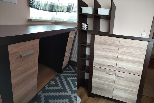 Komplet mebli BRW: szafka ze stójką, biurko