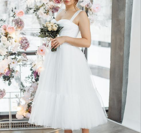 Платье на свадьбу, выпускной, роспись