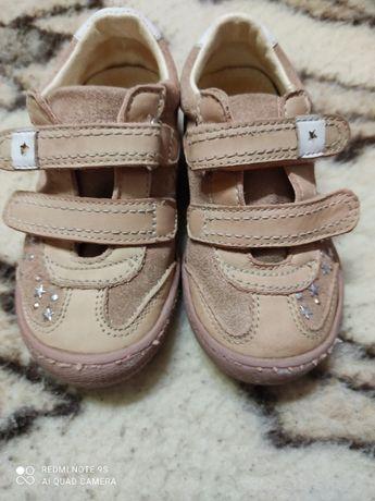 Кроссовки, туфли для девочки ф.PRIMIGI (Италия)