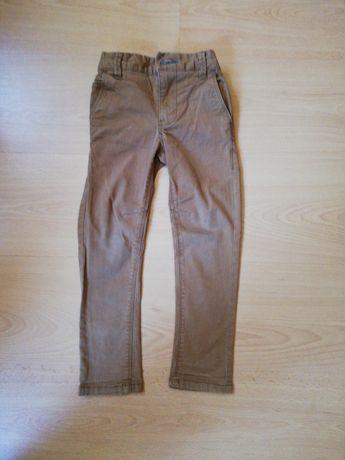 Spodnie r 104