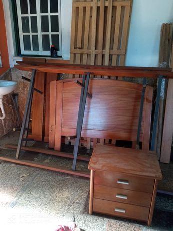 Vários tipo de móveis