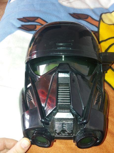 Maska Star Wars zmieniajaca głos.