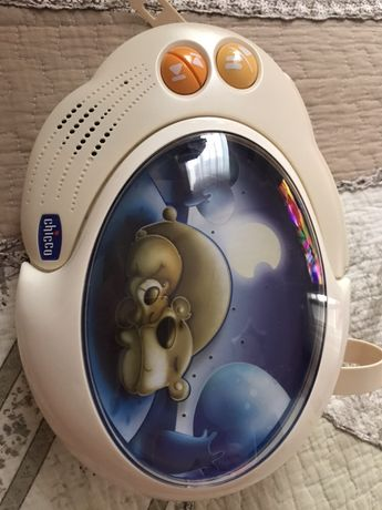 Chicco музикальная игрушка-ночник на кроватку