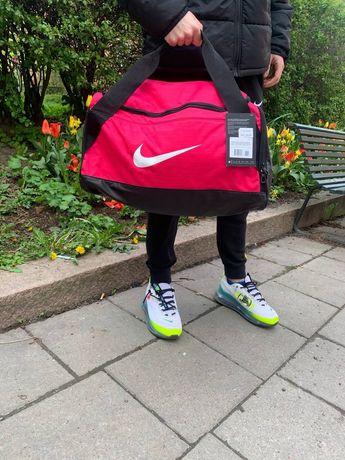 Спортивная сумка Nike Brasilia. Оригинал, женская сумка.