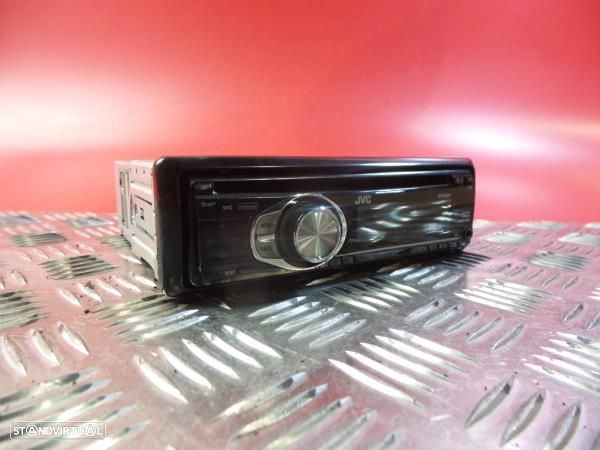 Auto-Rádio Toyota Corolla Liftback (_E9_)
