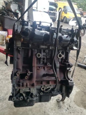 Двигун Форд транзит 2.2