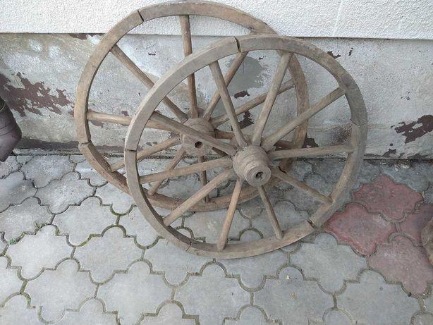 Stare drewniane koła zestaw 2 sztuk
