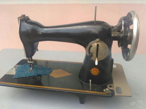 Головка ножной швейной машинки