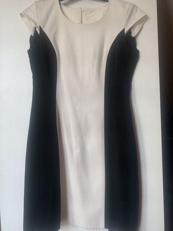Sukienka, czarne boki wyszczuplająca M