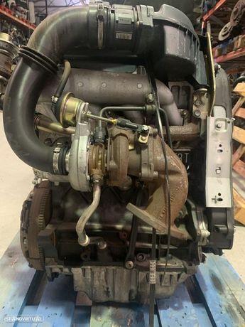 Motor Renault 1.9dti f9q736