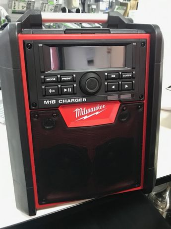 MILWAUKEE Radio- ładowarka M18 RC-0