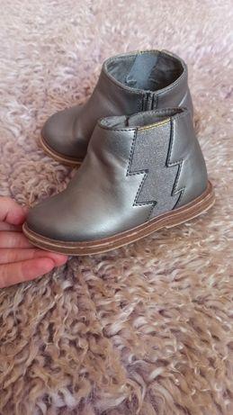 Ботінки, ботинки, ботиночки  zara