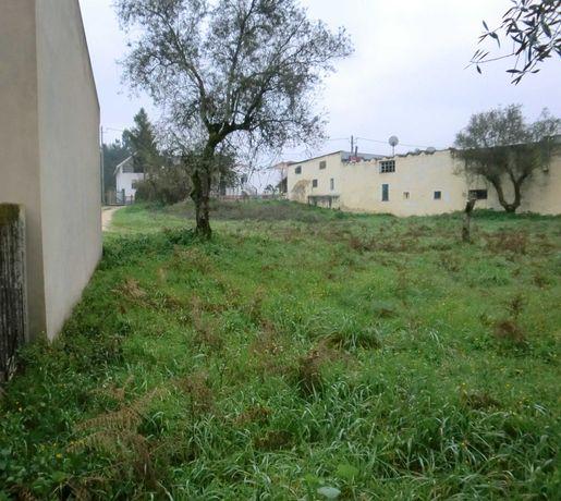 TERRENO DE CONSTRUÇÃO ## 990m2 junto a Jardoeira