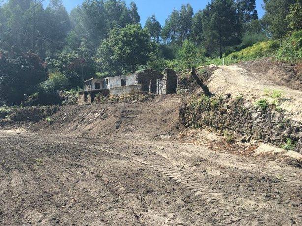 Terreno com ruina para reconstrução