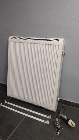 Grzejnik konwektor/radiator, komplet