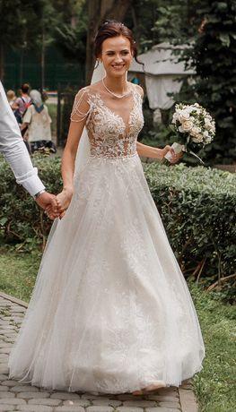 Весільне плаття / весільна сукня Daria Karlozi