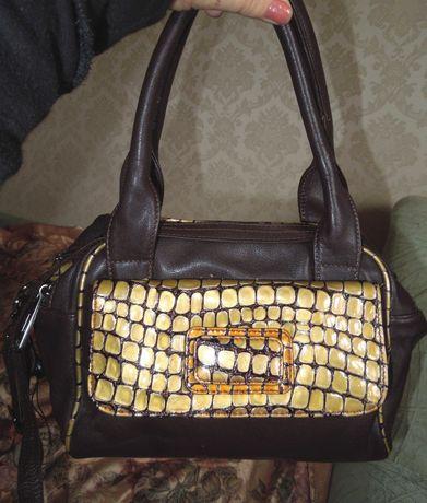 Компактная  кожаная сумка шок. цвета с мозаичной вставкой. Индия