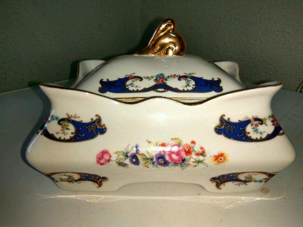 Guarda jóias em porcelana
