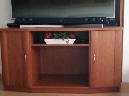 Móvel TV em cerejeira