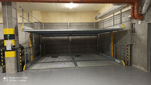 Garaż Monitorowany Przybyszewskiego 211AA osiedle Oliwkowe