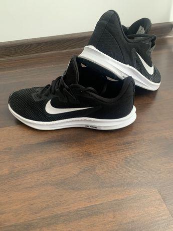 Nike Downshifter 40