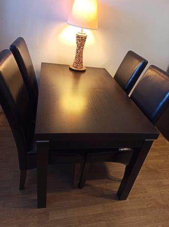 Rozkładany stół + cztery krzesła