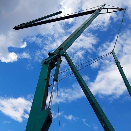 Żuraw samomontujacy dzwig szybkomontujacy budowlany wiezowy dolnoobrot