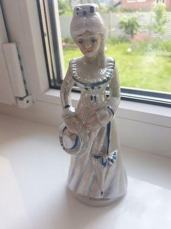 Статуэтка фарфоровая,девушка со шляпой, статуэтка, фарфор, статуетка
