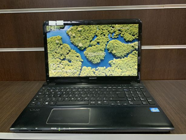 Lapotp Sony Vaio i3/4GB/250HDD/Intel/W10