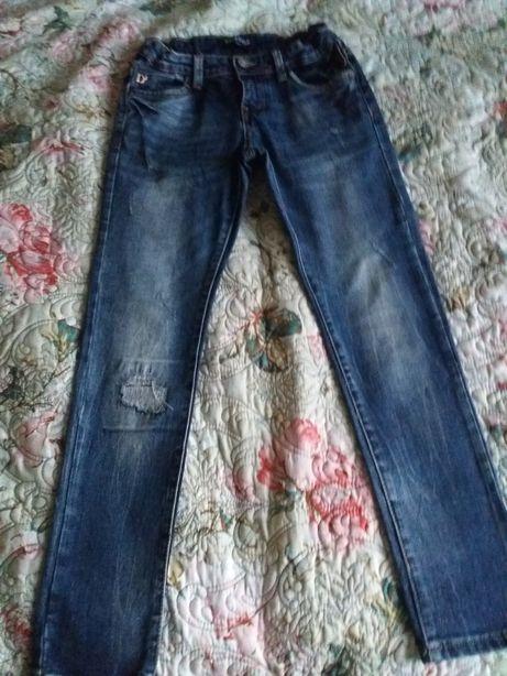 джинси на 7-9лет
