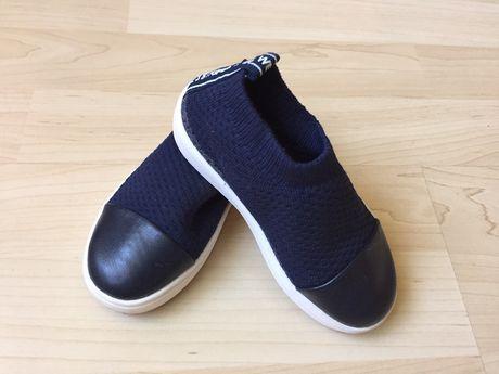 Тапочки мокасины кроссовки 24-25 на ножку 14-15 см