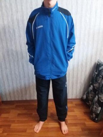 Костюм спортивный новый (170 см)