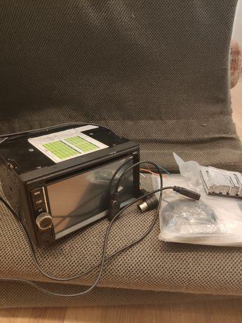 Автомагнитола с сенсорным дисплеем
