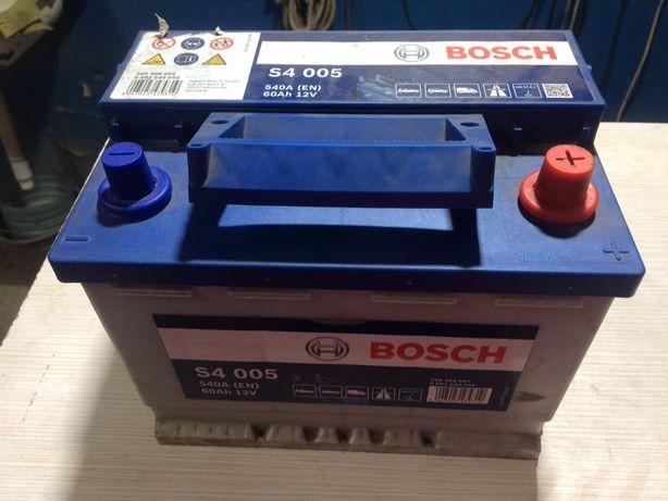 Продам аккумулятор Bosch S4.
