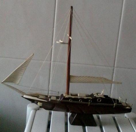 Réplica de veleiro