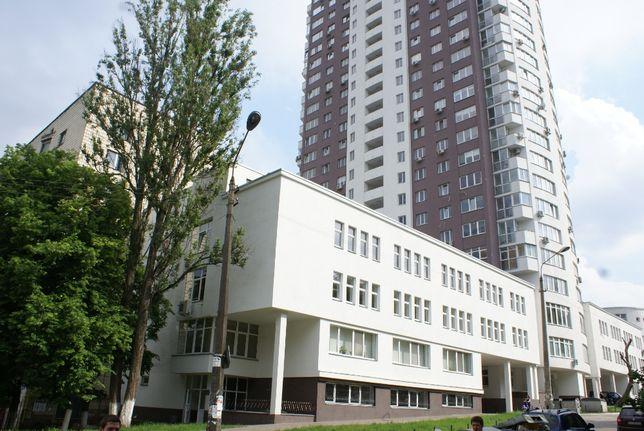 Сдам в аренду офисное помещение 172 м² рядом с метро Шулявская