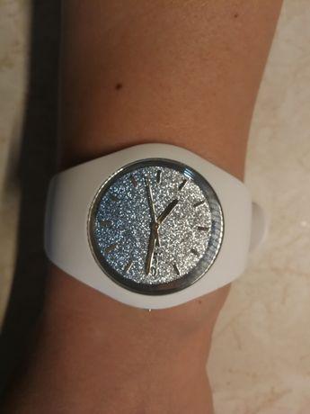 Biały zegarek lce Watch ombre