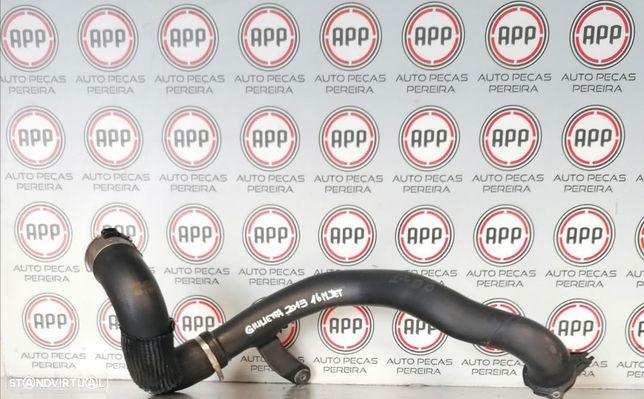 Tubo intercooler Alfa Romeu Giulietta 1.6 Mjet de 2012.
