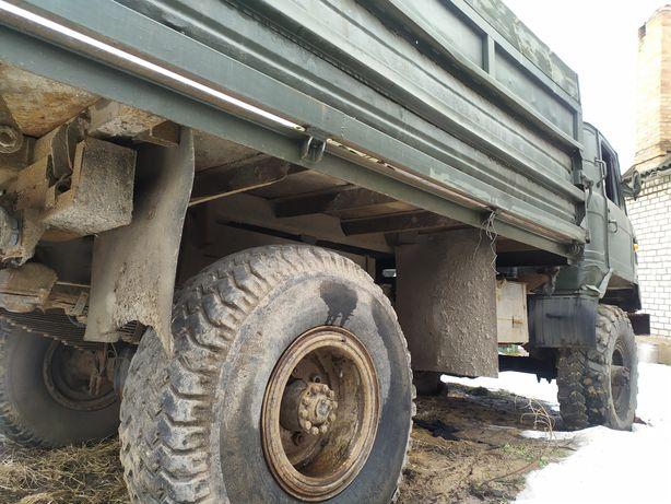 грузовик ГАЗ 66.