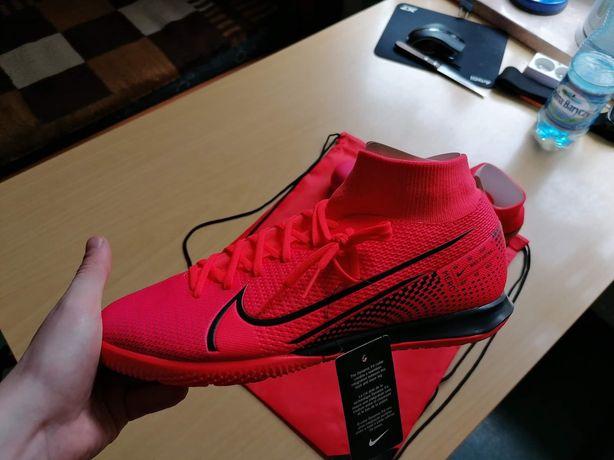 Halówki Nike Superfly 7 Academy IC 606