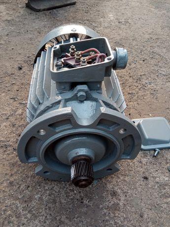 электродвигатель 2.2 кВт електродвигун електромотор