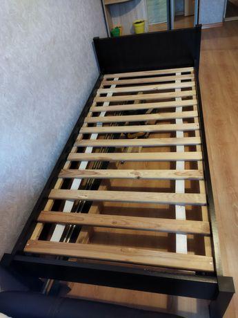 Продам кровать (односпальную)