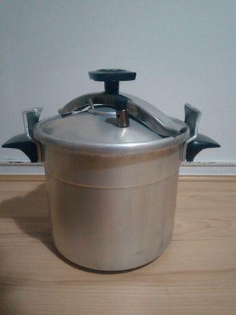 Panela de pressão de 10 litros
