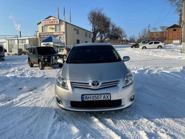 Продам Тойота Аурис Toyota Auris