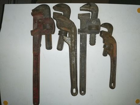 Stary klucz hydrauliczny, żabka, zestaw 4 sztuk, stare narzędzia.