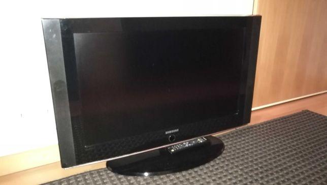 TV Samsung 32'' para peças.