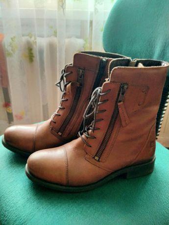 Продам ботинки весенние женские кожаные