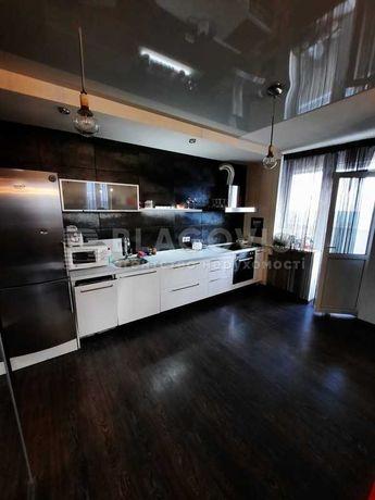 Продам 2-ком квартиру ул. Левитана 3